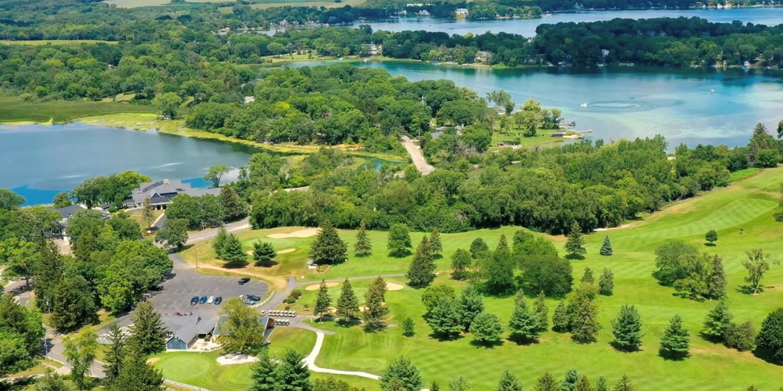 Nippersink Golf & Resort