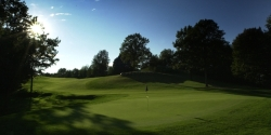 Thoroughbred Golf Course Package